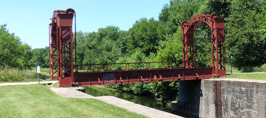 Illinois park of the month: Hennepin Canal State Trail